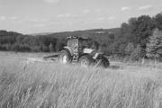 Agrirent - wir mähen, pressen, wenden, fahren für Sie
